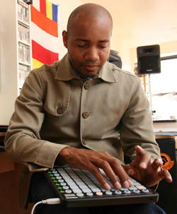 dj_spooky_to_tour_with_launchpad2.jpg